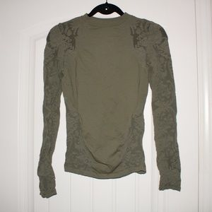 bebe Military green long sleeve bodycon top M/L